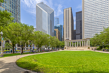 View of city skyscrapers, Millennium Monument in Wrigley Square, Millennium Park, Downtown Chicago, Illinois, United States of America, North America