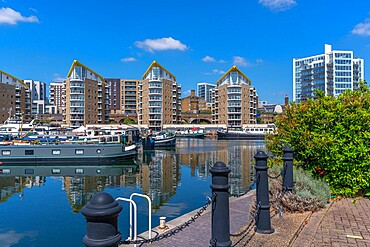 View of the marina at the Limehouse Basin, Tower Hamlets, London, England, United Kingdom, Europe - 844-23660