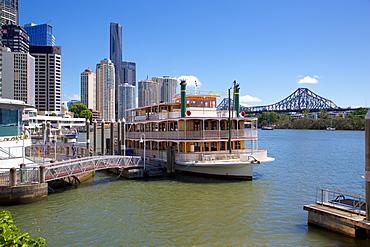 Brisbane River, Story Bridge and City Reach Boardwalk, Brisbane, Queensland, Australia, Oceania