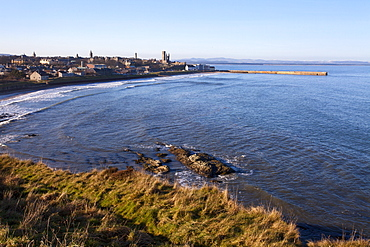 East Sands and Pier from the Clifftop, St. Andrews, Fife, Scotland, United Kingdom, Europe