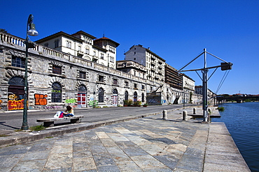 The Murazzi del Po in summer, Turin, Piedmont, Italy, Europe