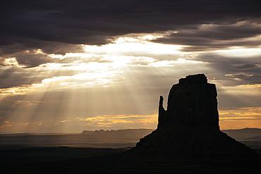 Monument Valley Navajo Tribal Park at dawn, Utah, United States of America, North America