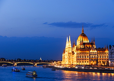 Hungarian Parliament Building and Danube River at night, UNESCO World Heritage Site, Budapest, Hungary, Europe
