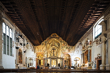 Interior of Chiesa San Fermo, Verona, Veneto Province, Italy, Europe