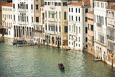 Gondola on Grand Canal, Venice, UNESCO World Heritage Site, Veneto Province, Italy, Europe