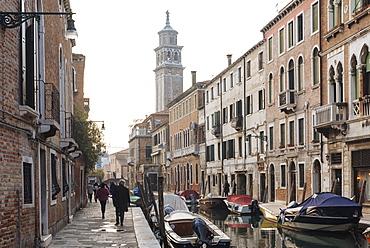 Canal, Dorsoduro, Venice, UNESCO World Heritage Site, Veneto Province, Italy, Europe
