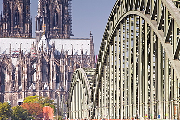 Cologne Cathedral (Dom) and bridge across the River Rhine, Cologne, North Rhine-Westphalia, Germany, Europe