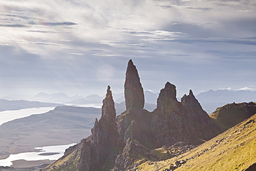 The Old Man of Storr, a rock formation on the edge of the Trotternish Ridge, Isle of Skye, Inner Hebrides, Scotland, United Kingdom, Europe