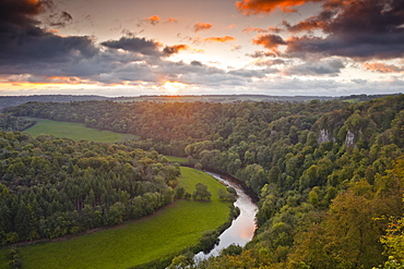 Looking down on the River Wye from Symonds Yat rock, Herefordshire, England, United Kingdom, Europe