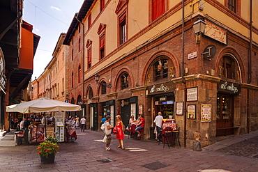 Via Clavature in the historic centre of Bologna, UNESCO World Heritage Site, Emilia-Romagna, Italy, Europe