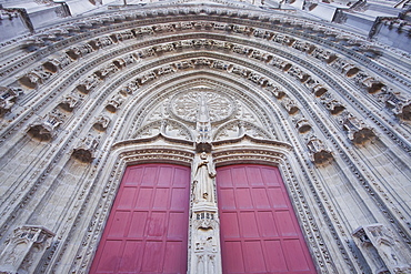 The entrance to Cathedral of Saint Paul and Saint Peter (Cathedrale Saint-Pierre-et-Saint-Paul de Nantes), Nantes, Loire-Atlantique, France, Europe