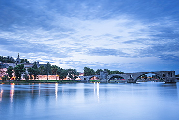 The Pont d'Avignon at dawn, Avignon, Vaucluse, Provence, France, Europe