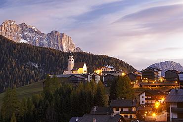 Colle Santa Lucia in the Dolomites, Belluno, Veneto, Italy, Europe