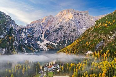 Lago di Braies in the Italian Dolomites, Trento-Alto Adige, Italy, Europe
