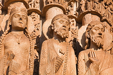 Stone figures adorning the west front of Chartres Cathedral, UNESCO World Heritage Site, Chartres, Eure-et-Loir, Centre, France, Europe