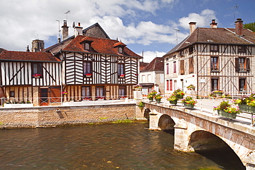 Half timbered houses in the village of Essoyes, Aube, Champagne-Ardennes, France, Europe