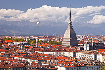 The rooftops of Turin with the Mole Antonelliana, Turin, Piedmont, Italy, Europe