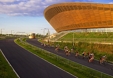Cyclists at The Olympic Velodrome in the Queen Elizabeth Olympic Park, Stratford, London, England, United Kingdom, Europe