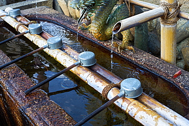 Water fountain at Nigatsu-do Hall in Nara, Honshu, Japan, Asia