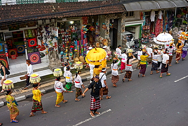 Religious procession in Ubud, Bali, Indonesia, Southeast Asia, Asia