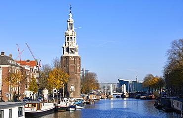 Montelbaanstoren Tower and Oudeschans canal, Amsterdam, North Holland, The Netherlands, Europe