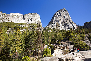 A mountain trail and bridge above the Nevada Fall in the Little Yosemite Valley, Yosemite National Park, California, USA.