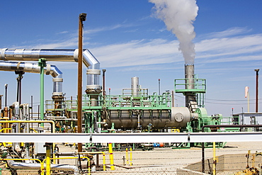 The  Midway Sunset oilfield in Taft, Bakersfield, California, USA
