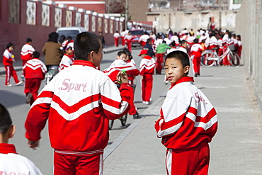 School children in Dongsheng, Inner Mongolia, Northern China, Asia
