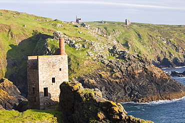 Crown Mine, an old abandoned tin mine on the Cornish coast at Botallack near St. Just, Cornwall, England, United Kingdom, Europe