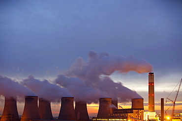 Ratcliffe on Soar coal fired power station in Nottinghamshire, England, United Kingdom, Europe