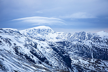 Red Screes above Ambleside, looking towards Helvellyn with lenticular clouds over the summit, Lake District National Park, Cumbria, England, United Kingdom, Europe