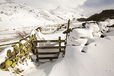 Helvellyn in snow during the extreme winter weather in late March 2013, Lake District National Park, Cumbria, England, United Kingdom, Europe