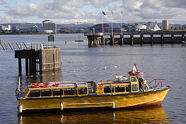 Water taxi, Cardiff Bay, Cardiff, Wales, UK, Europe