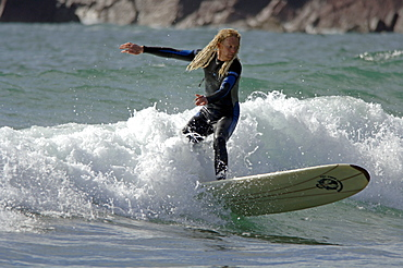 Surfing, West Dale