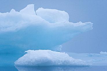 Fragmented Ice. Longyearbyen, Svalbard, Norway       (rr)