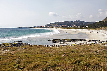 Crescent white sand beach on north eastern coast, Galicia, Spain, Europe