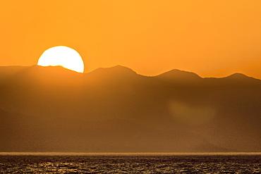 Sunset over the Baja Peninsula in the Gulf of California (Sea of Cortez), Baja California Sur, Mexico.
