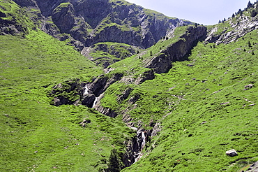Source of River Neste de Saux at 2400m on the French border with Spain, Hautes-Pyrenees, France, Europe