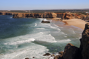 Praia do Tonel beach viewed from Sagres fort (Fortaleza de Sagres), Ponta de Sagres, Algarve, Portugal, Europe