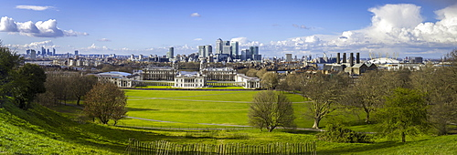 Panoramic view of Canary Wharf, the Millennium Dome, and City of London, from Greenwich Park, London, England, United Kingdom, Europe