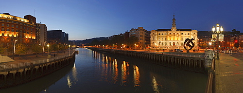 Town hall at Rio Nervion river in the evening, Bilbao, Province of Biskaia, Basque Country, Euskadi, Northern Spain, Spain, Europe