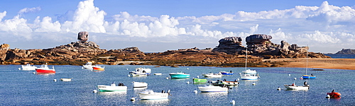 The Natural monument Le De and fishing boats, Tregastel, Cotes d'Armor, Brittany, France, Europe