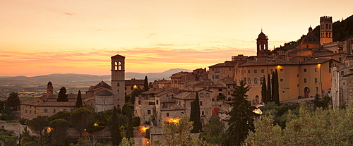 Assisi at sunset, Assisi, Perugia District, Umbria, Italy, Europe