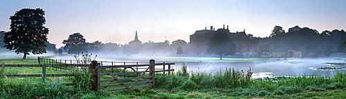Broughton Castle, Broughton, Oxfordshire, England, United Kingdom, Europe