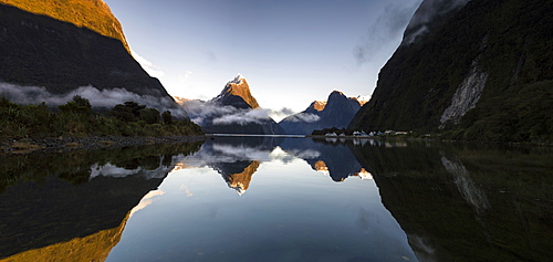 Panoramic view of Mitre Peak, Milford Sound, Fiordland National Park, UNESCO World Heritage Site, South Island, New Zealand, Pacific