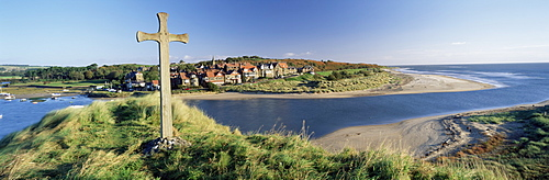 View of the village of Alnmouth with River Aln flowing into the North Sea, fringed by beautiful beaches, near Alnwick, Northumberland, England, United Kingdom, Europe