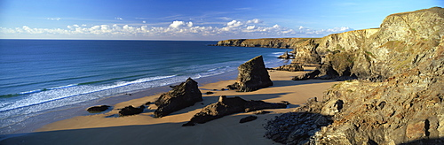 View of Bedruthan Steps and beach, near Newquay, Cornwall, England, United Kingdom, Europe