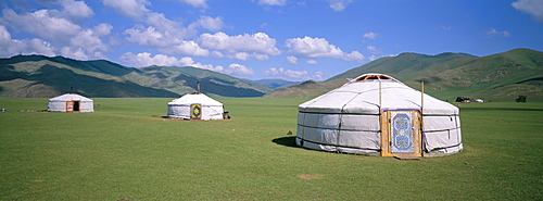 Yurts (ghers) in Orkhon valley, Ovorkhangai province, Mongolia, Central Asia, Asia