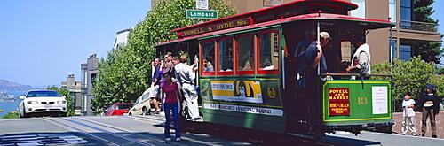 Cable car at Hyde Street, San Francisco