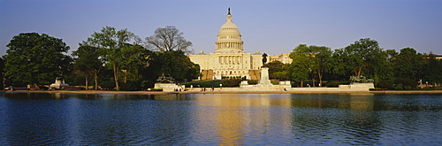 Pond in front of the Capitol building, Washington DC, USA